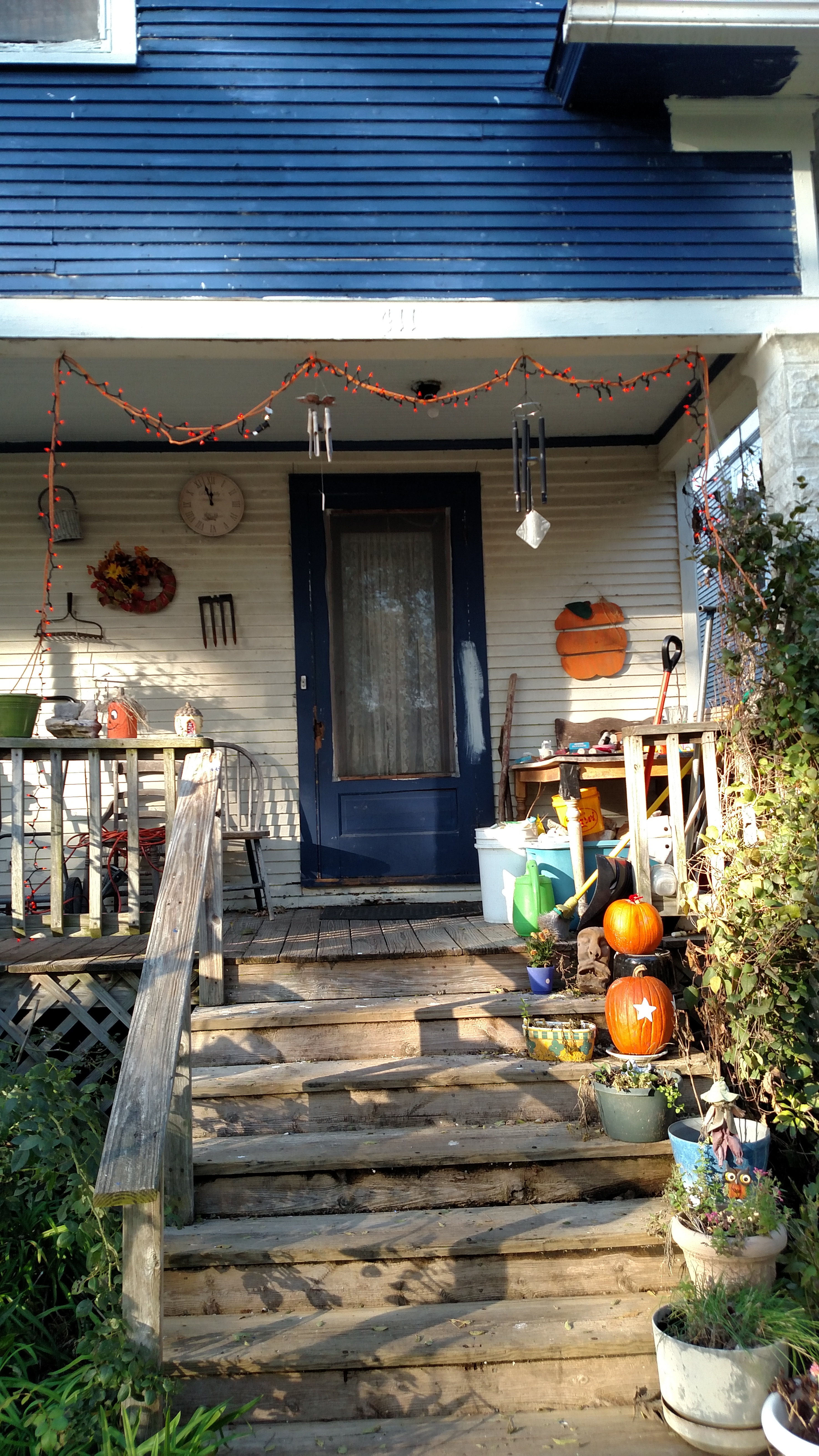 Front porch post halloween 2019
