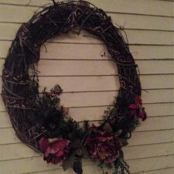 porch-xmas-wreath.jpg